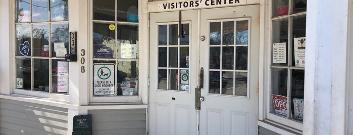 Long Grove Visitor Center is one of Chicagoland.