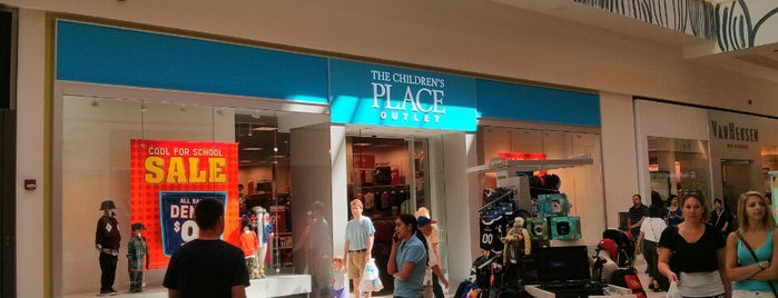 The Children's Place Outlet is one of Lugares favoritos de Nidia.