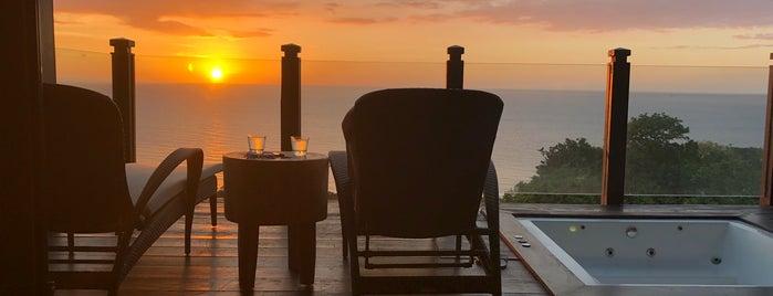 Shangri-La Boracay Resort and Spa is one of Tempat yang Disukai Monika.
