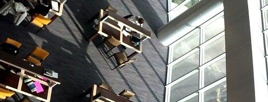 Başkent Üniversitesi Kütüphanesi is one of Cansu'nun Beğendiği Mekanlar.
