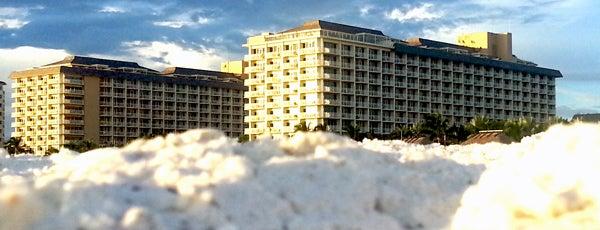 JW Marriott Marco Island Beach Resort is one of Locais curtidos por Sharon.