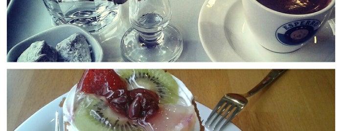 GİRNE Cafe & Patisserie is one of สถานที่ที่บันทึกไว้ของ Pelin.