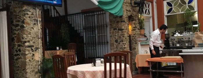 Restaurante La Casona is one of Locais curtidos por Vicky Nito.