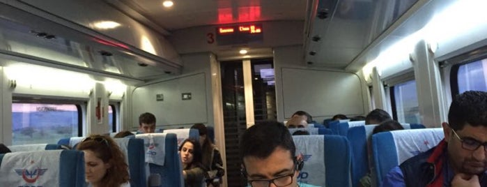 Konya-İstanbul Yüksek Hızlı Tren is one of Hacer'in Beğendiği Mekanlar.