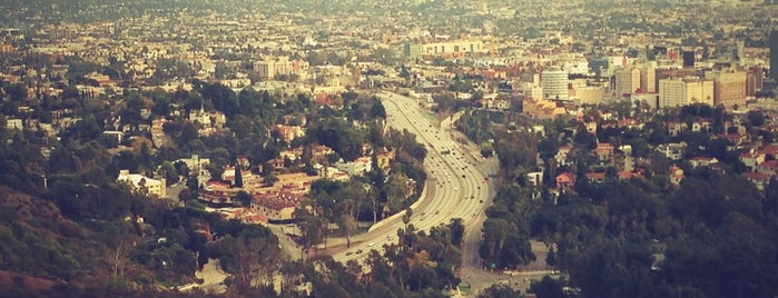 Mulholland Drive is one of LOS ANGELES.