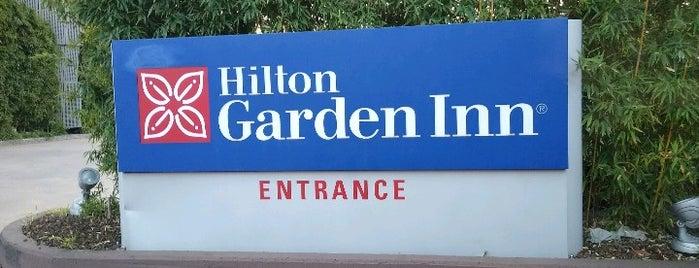 Hilton Garden Inn Milan North is one of สถานที่ที่ Julija ถูกใจ.