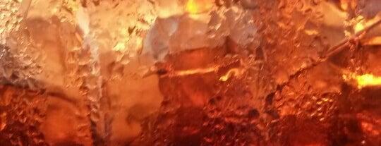 Hamburgeria San Marco is one of Locais curtidos por Martin.