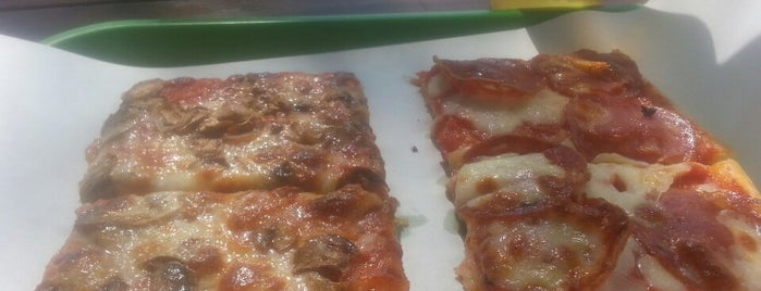 Ok Pizza E Piadina is one of Mi piace Rimini.
