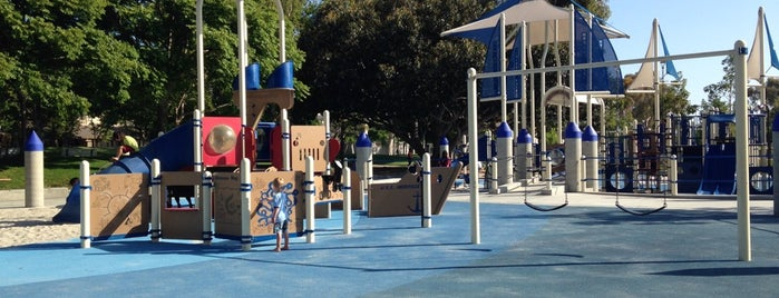 Heritage Park Playground is one of Usa.