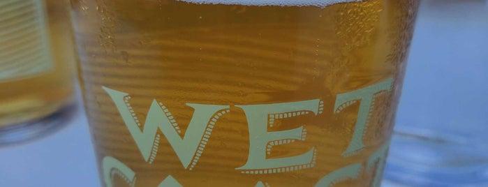 Wet Coast Brewing Company is one of John 님이 좋아한 장소.
