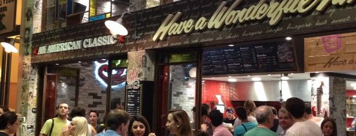 Hot Hot Burger Bar is one of Posti che sono piaciuti a Vlad.