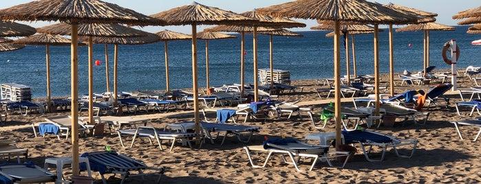 Blue Sea Beach is one of Lugares favoritos de Anastasia.