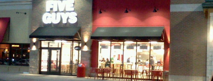 Five Guys is one of Lugares favoritos de Mark.