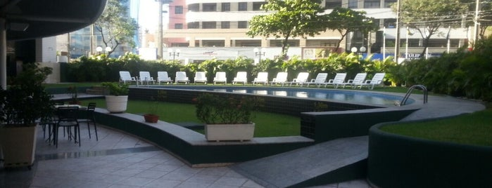 Comfort Hotel is one of สถานที่ที่ Luiz Alberto ถูกใจ.