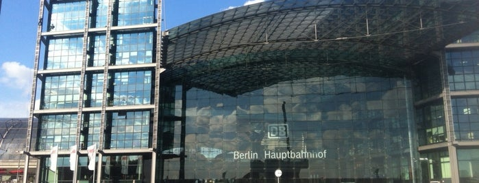 Berlin Hauptbahnhof is one of Berlin #4sqcities.