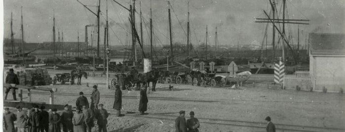 Николаевский морской торговый порт is one of СтареENький Город.