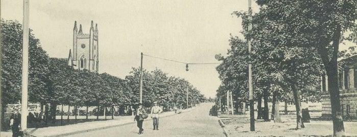 Адмиральская улица is one of СтареENький Город.