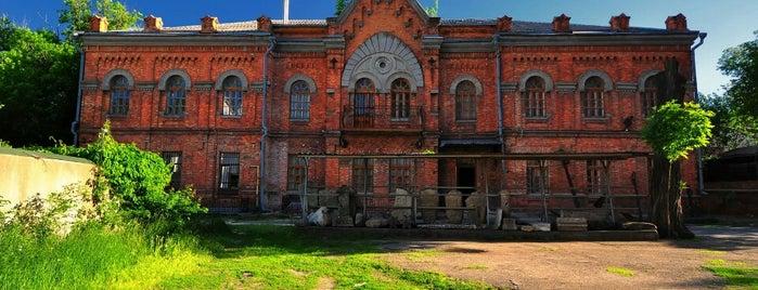 Николаевский областной краеведческий музей is one of СтареENький Город.
