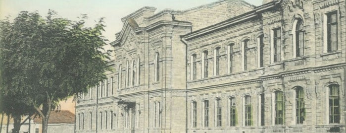 Национальный Университет Кораблестроения им. Макарова (НКИ), Старый корпус is one of СтареENький Город.