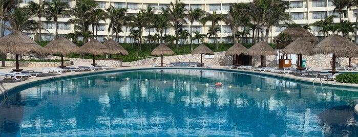 Grand Park Royal Cancún Caribe is one of Hugo : понравившиеся места.