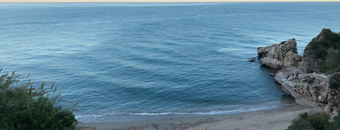 Playa Carebeillo is one of Nerja.