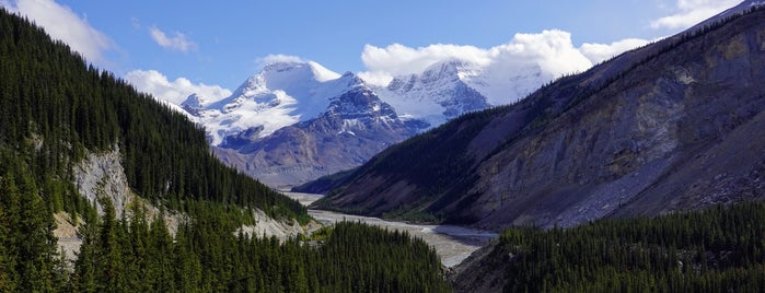 Glacier Skywalk is one of Jasper & Banff List.