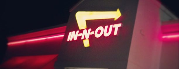 In-N-Out Burger is one of Posti che sono piaciuti a Rocky.