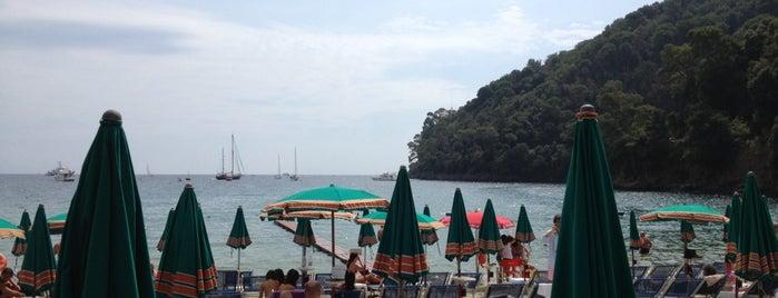 Paraggi is one of Portofino.