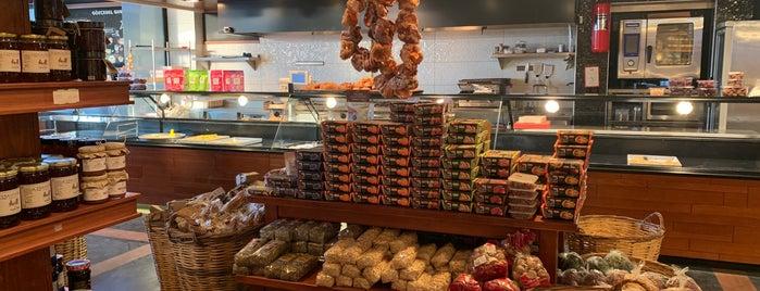 Çıngıloğlu Gourmet Cafe Breakfast Restaurant is one of Bodrum2.