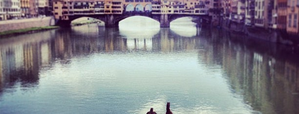 Ponte Santa Trinità is one of Trips / Tuscany and Lake Garda.