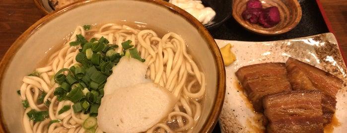 沖縄そば食堂 海辺そば屋 is one of Orte, die arapix gefallen.