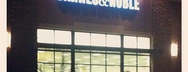 Barnes & Noble is one of Posti che sono piaciuti a Jill.