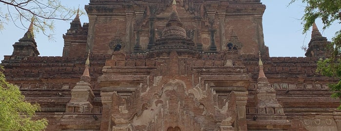 Hti Lo Min Lo Pagoda is one of Bagan,  Myanmmar.