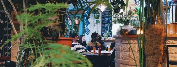 Chez les Deux Amis is one of Paris Kebabs.