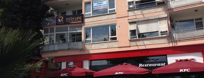 Rich Life Turkey Magazine is one of Posti salvati di Dönis.