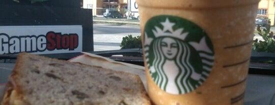 Starbucks is one of สถานที่ที่ William ถูกใจ.