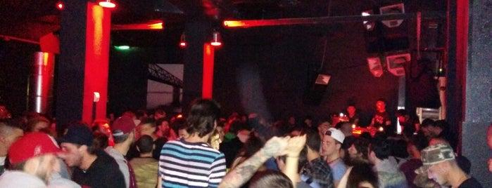 Dude Club is one of Nightlife milanese.