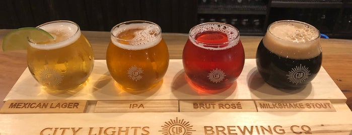 City Lights Brewing Company is one of Chicago area breweries.