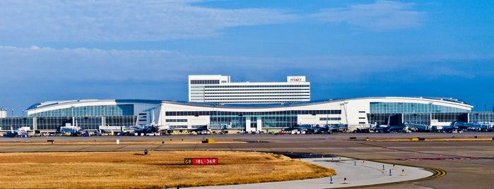 ダラス フォートワース国際空港 (DFW) is one of Airports.