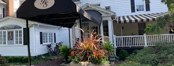 Roger Sherman Inn is one of NY Region Old-Timey Bars, Cafes, and Restaurants.