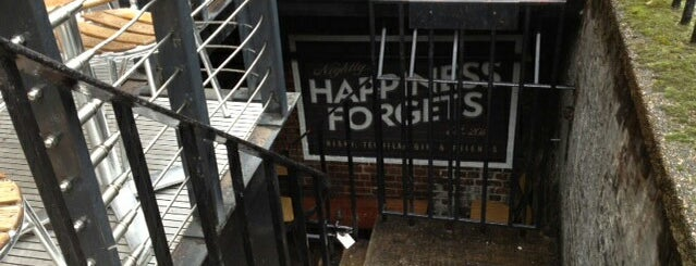 Happiness Forgets is one of World's 50 Best Bars 2013.