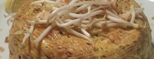 SOi55 Thai Restaurant is one of Posti che sono piaciuti a Ciggie.