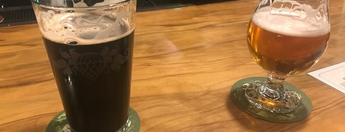 Wicked Weed Brewing is one of Julie : понравившиеся места.