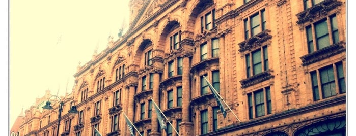 Harrods is one of London's great locations - Peter's Fav's.