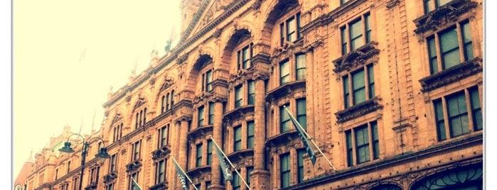 แฮร์รอดส์ is one of London's great locations - Peter's Fav's.
