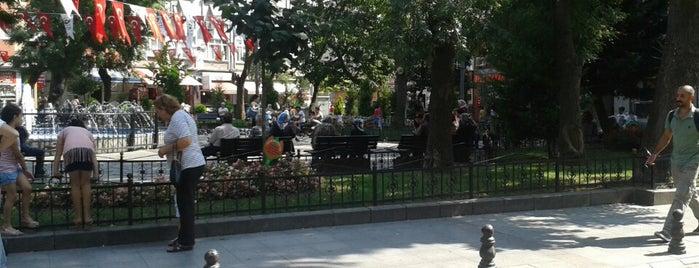 Küçük Saray Meydanı is one of Tempat yang Disukai Engin.