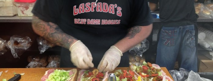Laspada's Original Hoagies is one of Lieux qui ont plu à Scott.