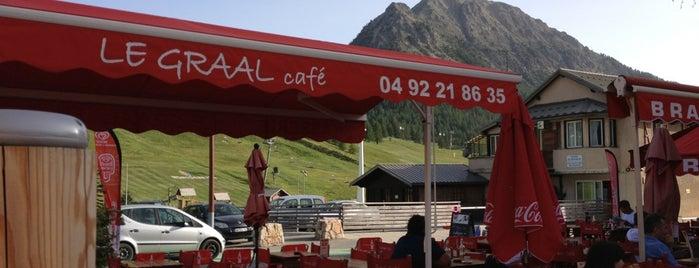 Le Graal Café is one of Posti che sono piaciuti a Tony.