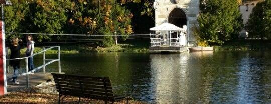 Schlosspark is one of Wien.