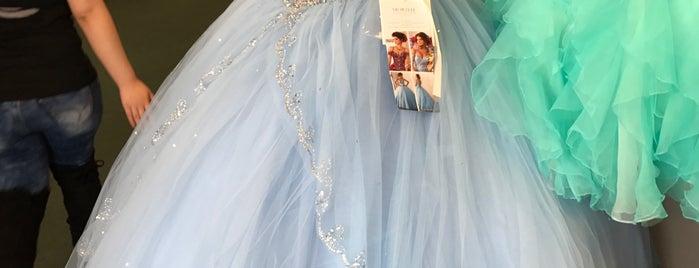 Debi's Bridal is one of Locais curtidos por Sasha.